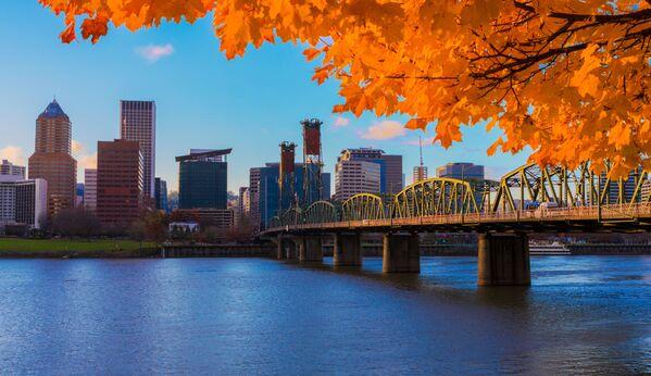 Portland jest jednym z najbardziej atrakcyjnych miast stanu Oregon. To nowoczesna metropolia. Jednocześnie to jedno z najbardziej zielonych miast Stanów Zjednoczonych. - Sputnik Polska