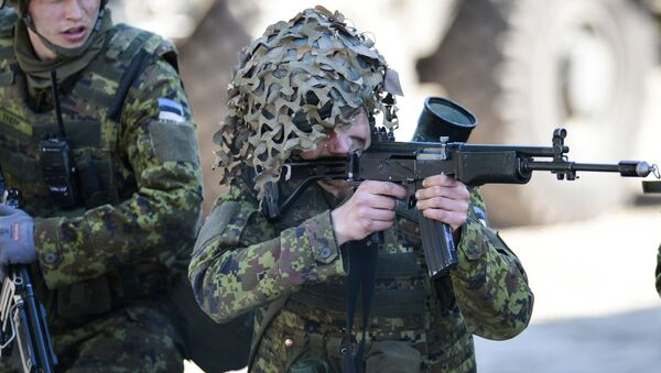 Siły zbrojne Estonii wraz z NATO podczas szkoleń Wiosenny sztorm - Sputnik Polska
