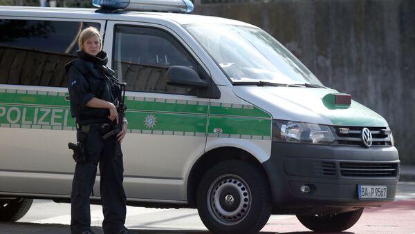 Federalna Policja Kryminalna Niemiec poinformowała, że w pierwszym półroczu 2016 roku uchodźcy z krajów afrykańskich i Bliskiego Wschodu dokonali ponad 142 tys. przestępstw, czyli średnio 780 czynów przestępczych dziennie. - Sputnik Polska