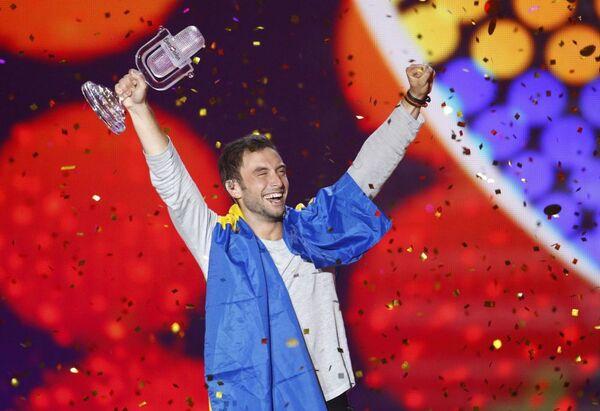 Måns Zelmerlow (Szwecja) po ogłoszeniu wyników głosowania - Sputnik Polska
