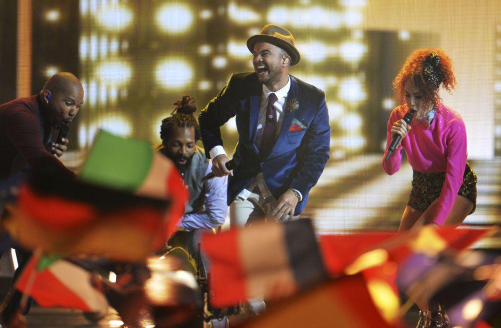 Australia po raz pirewszy bierze udział w Eurowizji - Guy Sebastian podczas wystąpienia, 23 maja 2015, Wiedeń