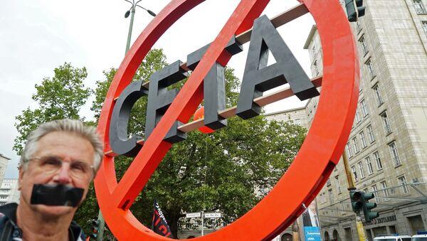 CETA sprawi Europie niespodziankę - Sputnik Polska