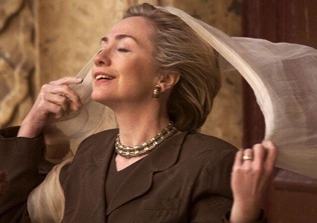 Hillary Clinton jako pierwsza dama USA w Kairze w 1999 roku