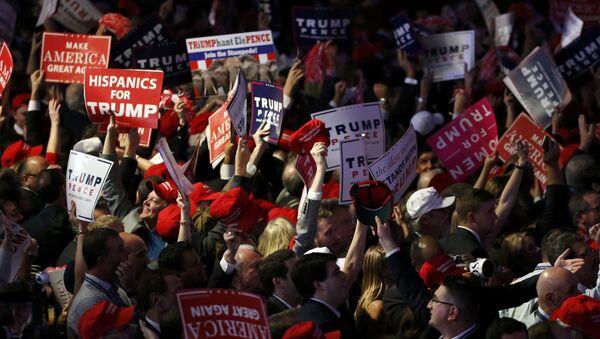 Trump supporters celebrate as election returns come in at Republican U.S. presidential nominee Donald Trump's election night rally in Manhattan, New York, U.S., November 8, 2016 - Sputnik Polska
