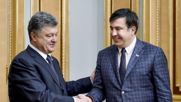 Petro Poroszenko i Michaił Saakaszwili - Sputnik Polska