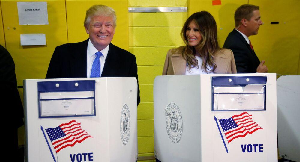 Donald Trump i Melania Trump podczas głosowania w wyborach prezydenckich