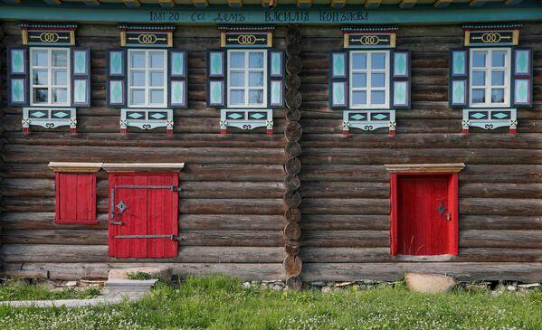 Najwyższym osiągnięciem ruskiej architektury drewnianej są budowle tworzone aż po początek XX wieku i wznoszone w północnych rejonach państwa. - Sputnik Polska