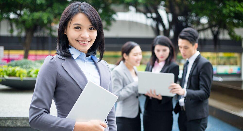 Praca agenta nieruchomości często charakteryzuje się płynnym grafikiem, koniecznością wykonywania obowiązków w godzinach wieczornych lub wczesnym rankiem - klient nasz pan...