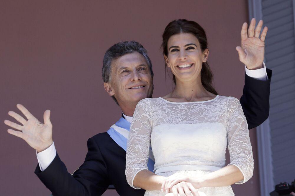 Prezydent Argentyny Mauricio Macri i  jego żona Juliana Awada