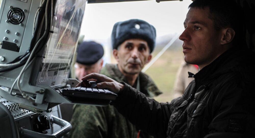 """Nowy kompleks radiozagłuszania """"Leer-2"""" na bazie samochodu """"Tiger"""" podczas demonstracji na poligonie """"Babino"""" w obwodzie tulskim"""