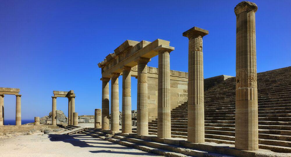 Starożytny Akropol w mieście Lindos