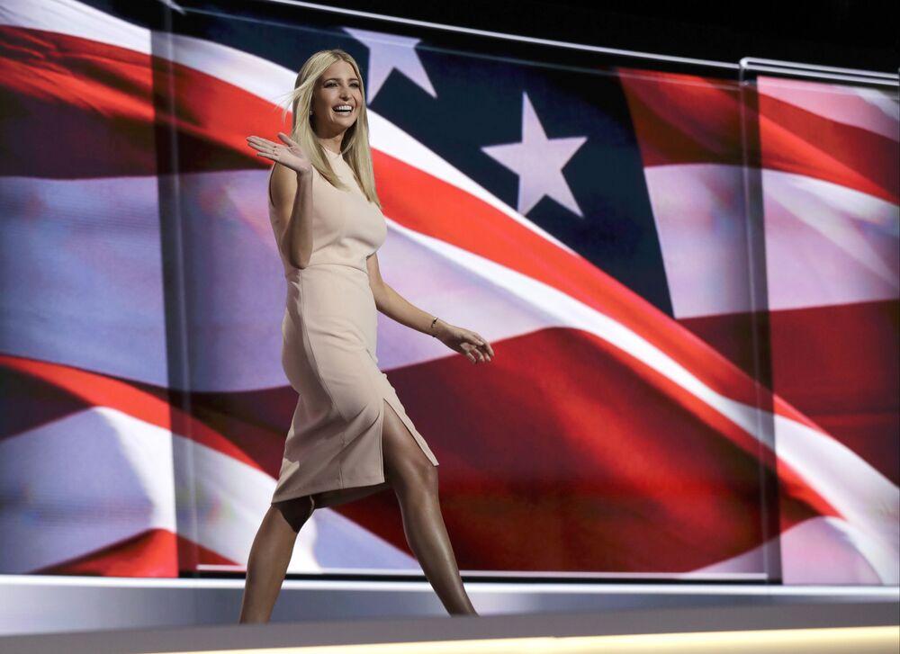 """Córka prezydenta elekta USA Donalda Trumpa 35-letnia Ivanka Trump oświadczyła, że nie będzie ubiegać się o stanowisko w administracji ojca. """"Będę po prostu córką"""" - powiedziała Ivanka, występując razem z ojcem w programie CBS 60 minut."""