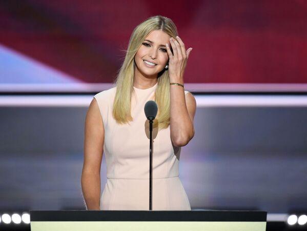 Ivanka Trump urodziła się 30 października 1981 roku w Nowym Jorku. Uczyła się w zamkniętej elitarnej szkole. - Sputnik Polska