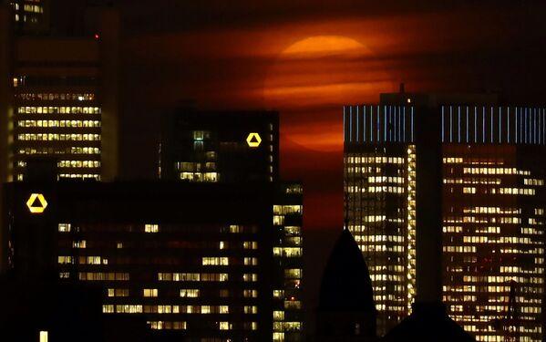 Superksiężyc w Niemczech - Sputnik Polska