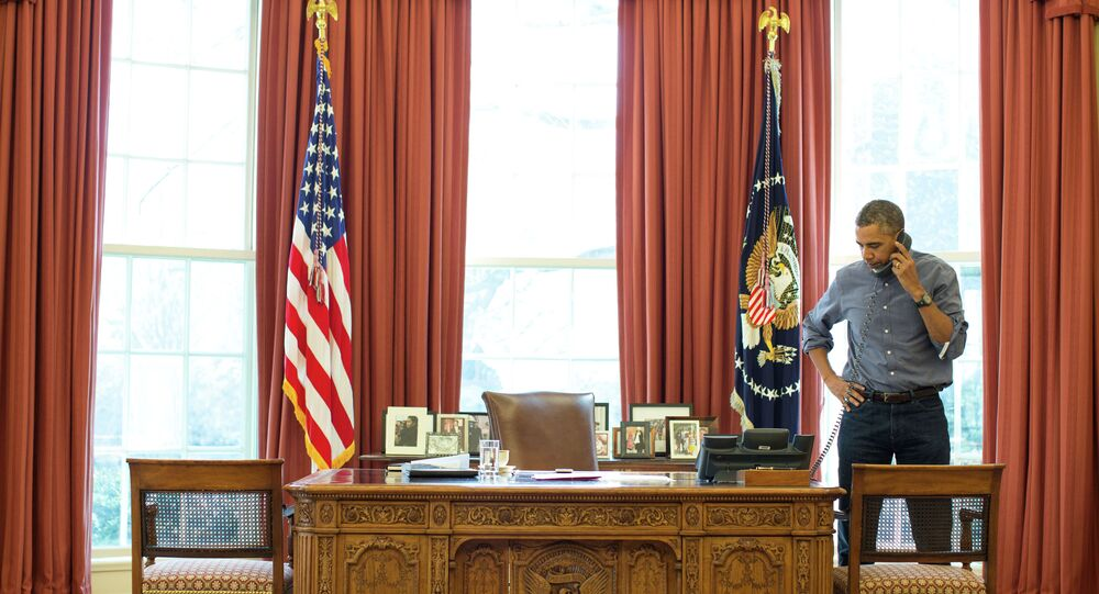 Prezydent Barack Obama w Gabinecie Owalnym