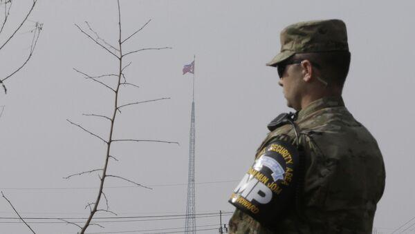 Amerykański żołnierz na granicy Korei Północnej i Południowej - Sputnik Polska