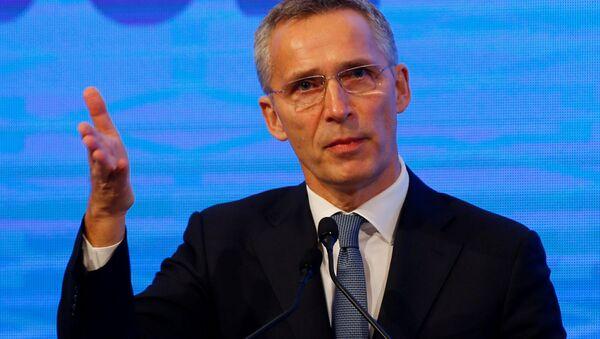 Sekretarz generalny NATO Jens Stoltenberg podczas przemówienia w Stambule - Sputnik Polska