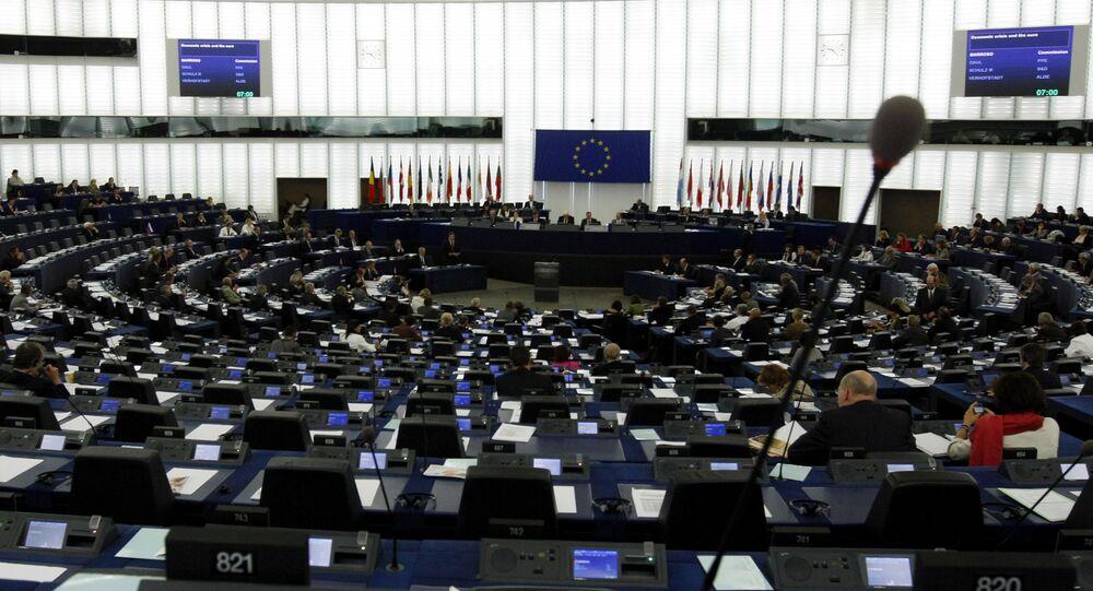 Posiedzenie parlamentu europejskiego w Strasburgu