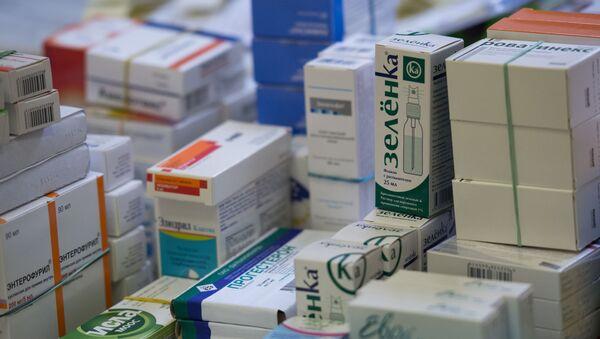 Лекарства в одной из аптек Москвы - Sputnik Polska