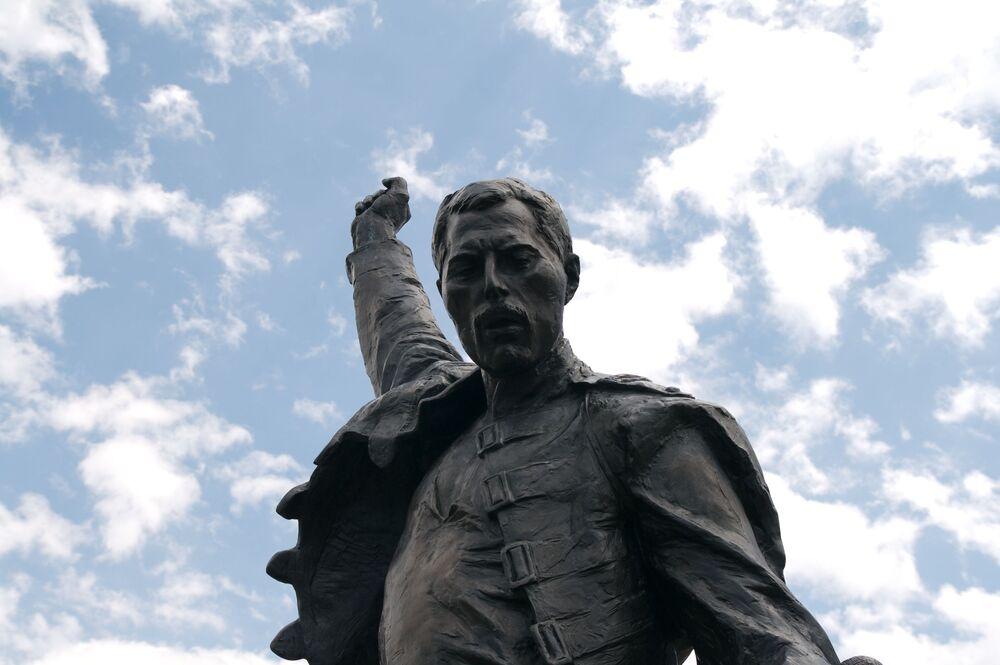 Pomnik Freddiego Mercury'ego w Szwajcarii