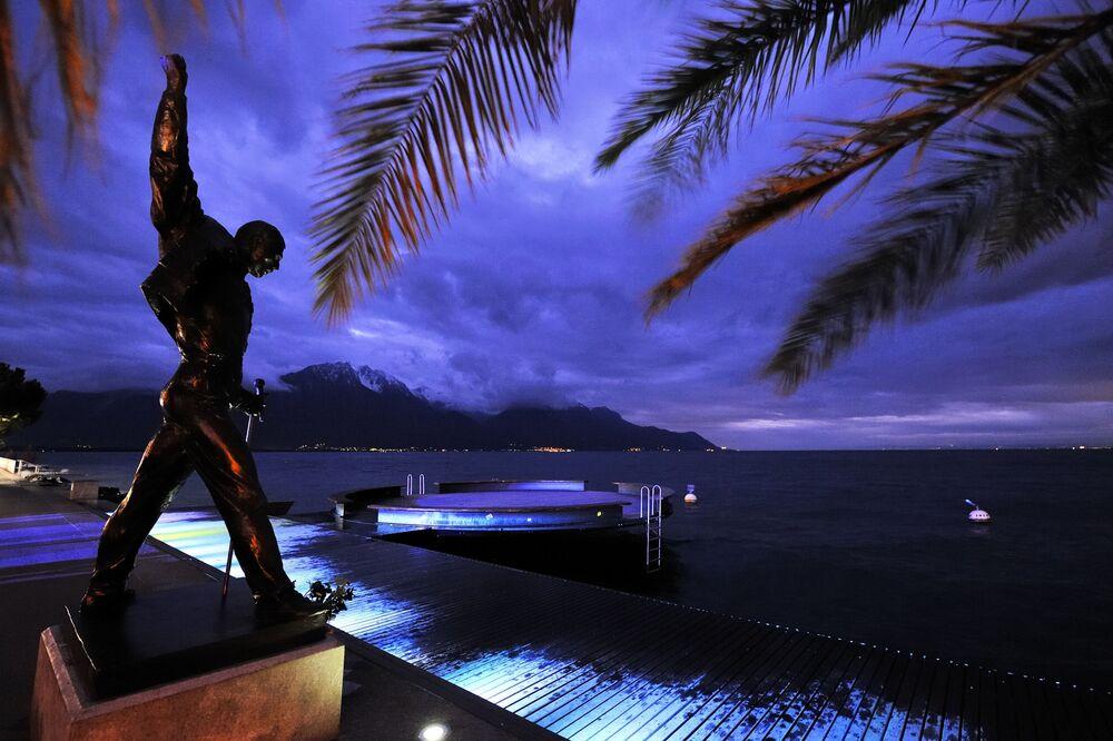 Pomnik Freddiego Mercury'ego w Monrealu