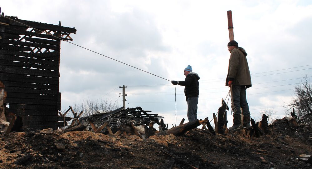 Zniszczenia po obstrzale Doniecka