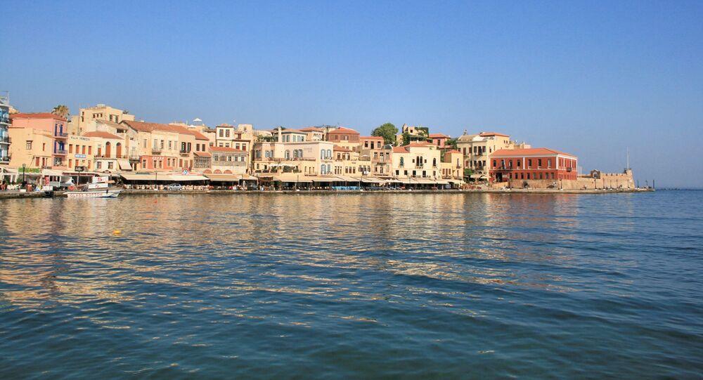 Widok na greckie miasteczko Chania
