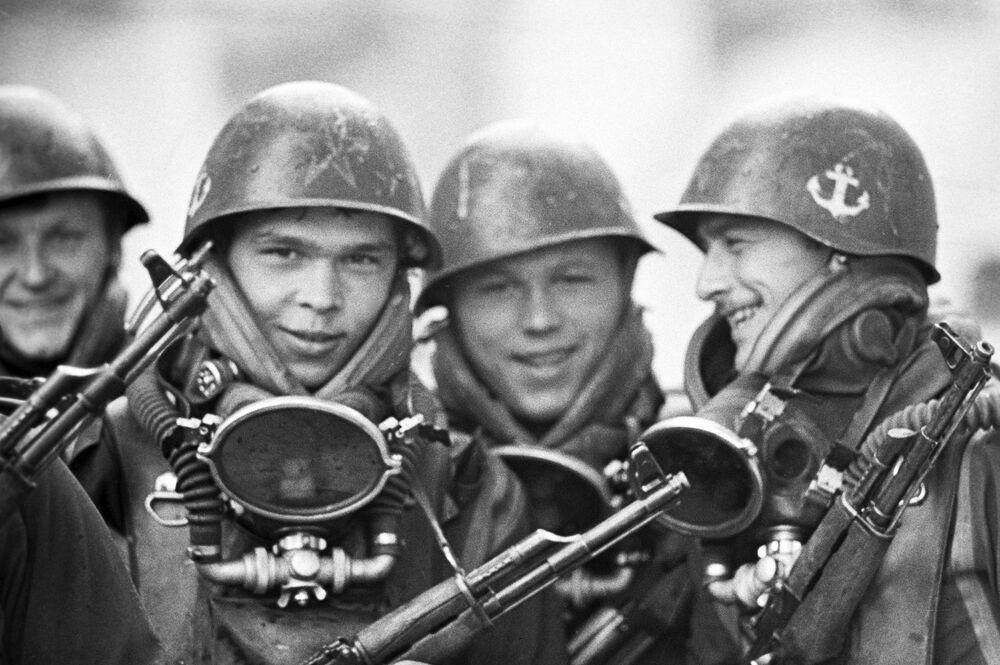 Żołnierze piechoty morskiej