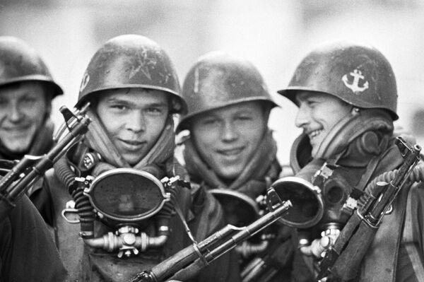 Żołnierze piechoty morskiej - Sputnik Polska