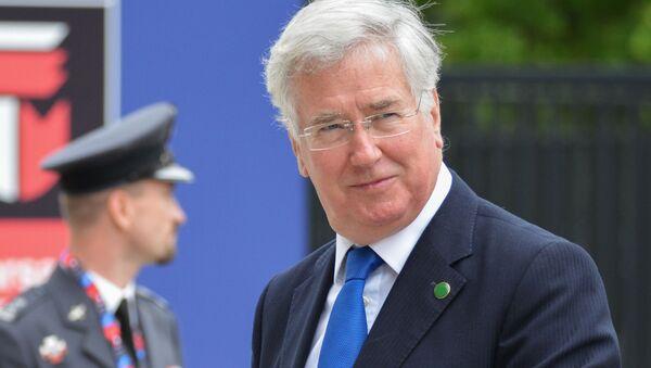 Minister obrony Wielkiej Brytanii Michael Fallon podczas szczytu NATO w Warszawie - Sputnik Polska