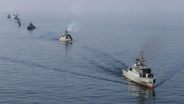 Irańska marynarka wojenna w cieśninie Ormuz - Sputnik Polska