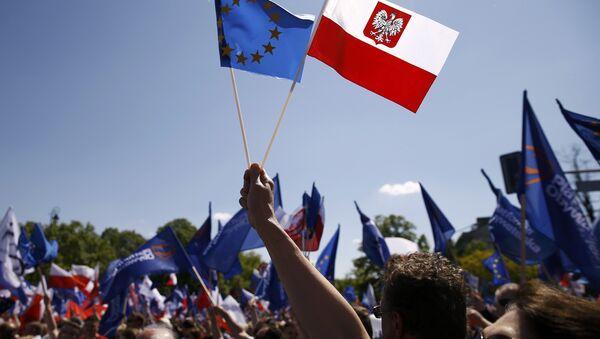 Demonstracja w Warszawie, maj 2016 - Sputnik Polska