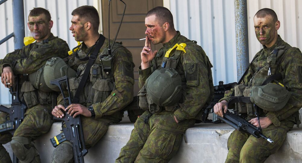 Żołnierze NATO i estońscy na wspólnych ćwiczeniach