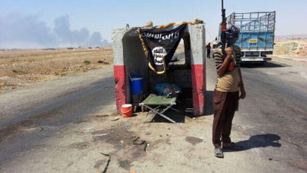 Umiarkowana syryjska opozycja rozważa możliwość zacieśnienia współpracy z Al-Kaidą i innymi organizacjami terrorystycznymi - Sputnik Polska