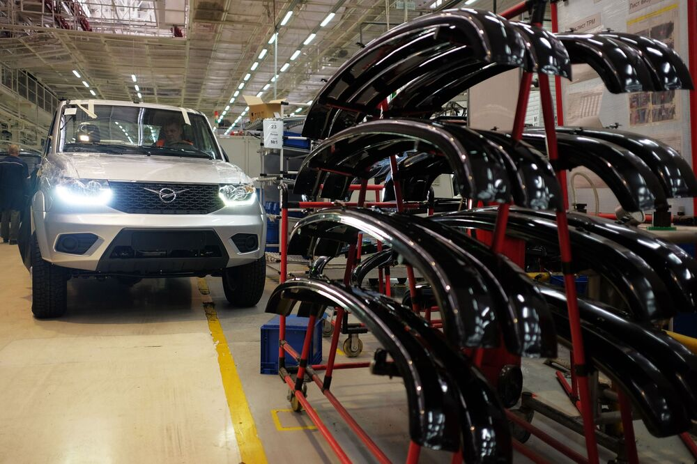 Zmodernizowany UAZ Patriot na Uljanowskiej Fabryce Samochodów