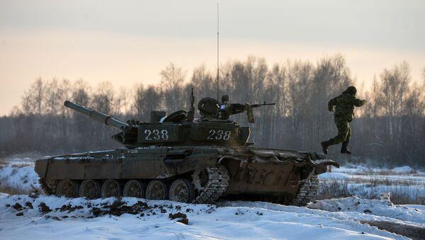 Szkolenia wojskowe czołgistów w Kazaniu (czołg T-72) - Sputnik Polska