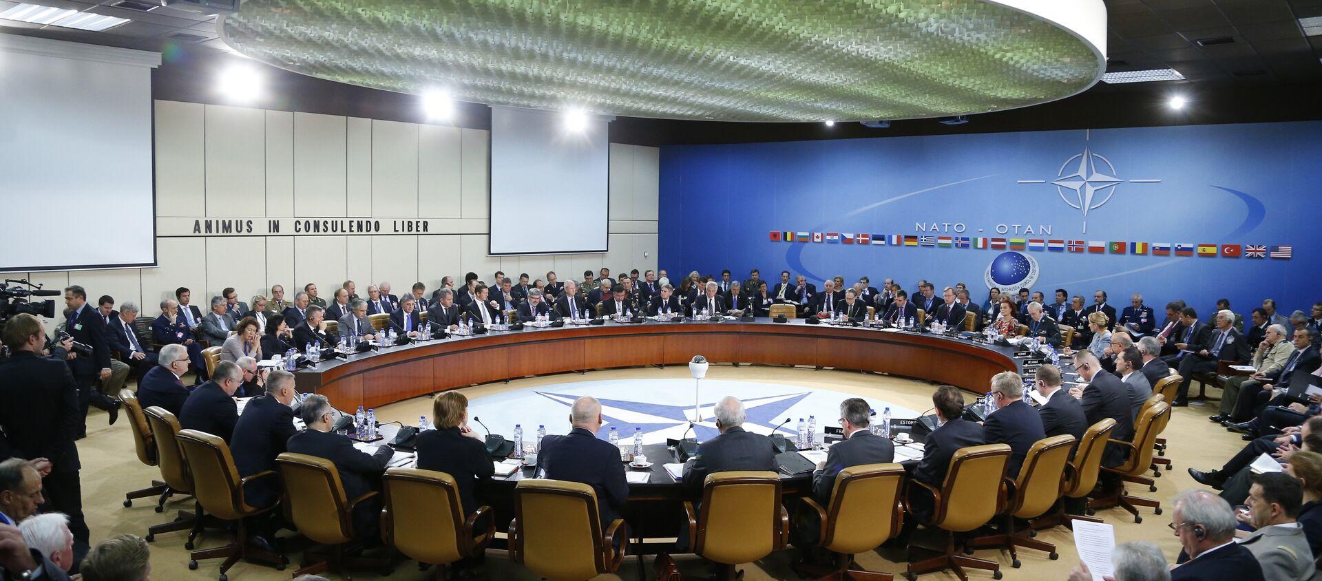 Posiedzenie Rady Rosja-NATO, Bruksela, październik 2013 - Sputnik Polska, 1920, 28.05.2021