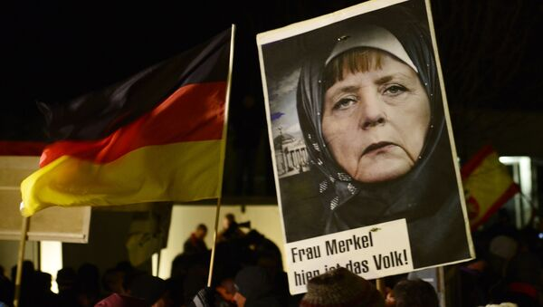 Demonstracja przeciwko islamizacji Europy, Drezno, Niemcy - Sputnik Polska