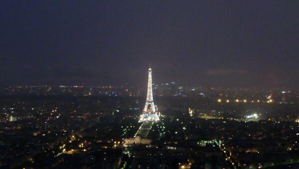Wieża Eiffla w Paryżu - Sputnik Polska