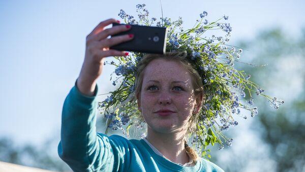 Psychiatrzy uznali robienie selfie za zaburzenie psychiczne - Sputnik Polska