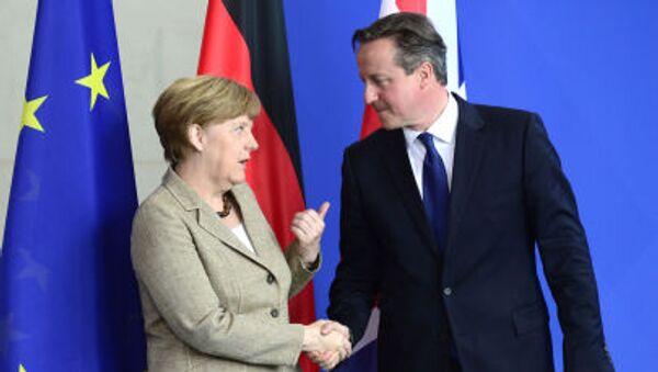 Kanclerz Niemiec Angela Merkel i premier Wielkiej Brytanii David Cameron - Sputnik Polska