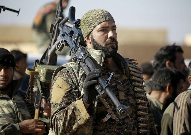 Od jesieni 2016 roku Syryjskie Siły Demokratyczne (SDF) próbują wyzwolić Rakkę z rąk dżihadystów z Państwa Islamskiego
