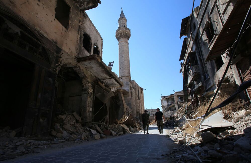 Zrujnowane targowisko w Aleppo w 2016 roku