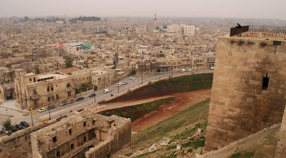 Zabytkowa cytadela w Aleppo w 2009 roku