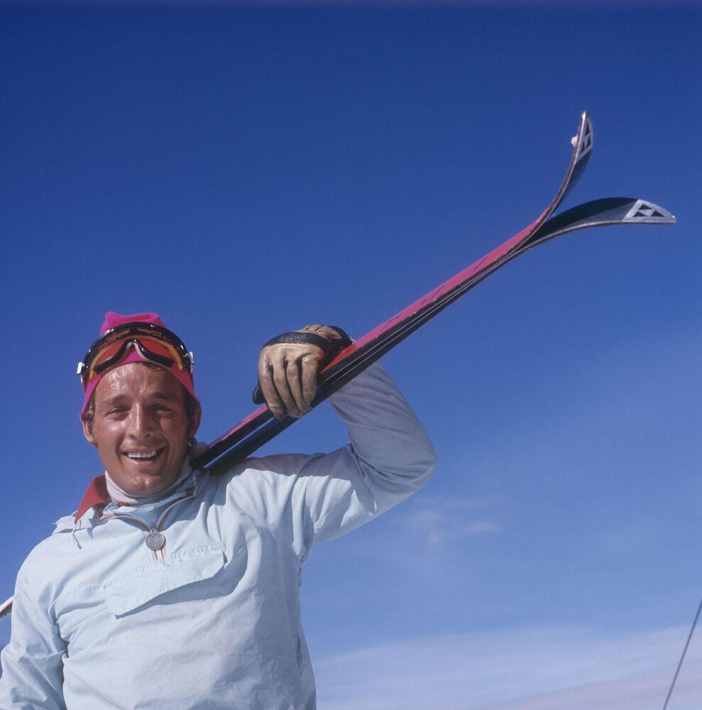 Trener piłki ręcznej, były zawodnik drużyny ZSRR Imedo Pkhakadze w kurorcie narciarskim Bakuriani, 1973 rok