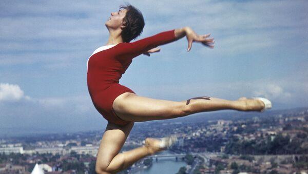 Gimnastyczka nad Tbilisi, 1974 rok - Sputnik Polska