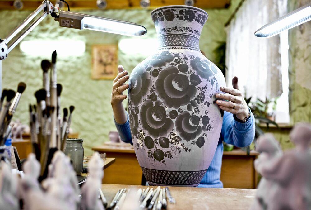 Gżel jest prarodzicem większości produkcji ceremiacznych w Rosji. Właśnie stąd czerpała swoje zasoby Carska Fabryka Ceramiczna i Fabryki Kuzniecowa, znane na całym świecie.