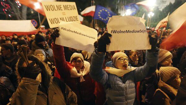 Protesty w związku z kryzysem sejmowym w Polsce - Sputnik Polska
