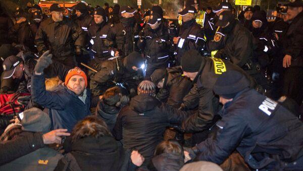 Protesty w Polsce w związku z kryzysem sejmowym, 17 grudnia 2016 - Sputnik Polska