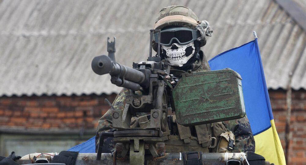 Ukraiński wojskowy w rejonie Debalcewa w obwodzie donieckim